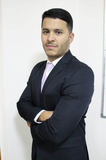Dr. Vinícius Alves Branquinho