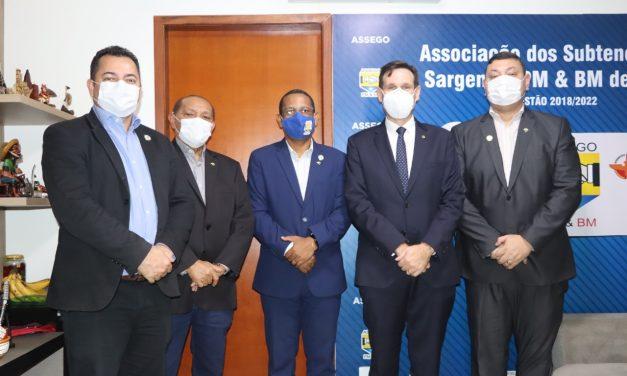 DIRETORIA DA ASSEGO E LIDERANÇAS DO PROJETO PATRONOS RECEBEM VISITA DO DEPUTADO ESTADUAL LISSAUER VIEIRA